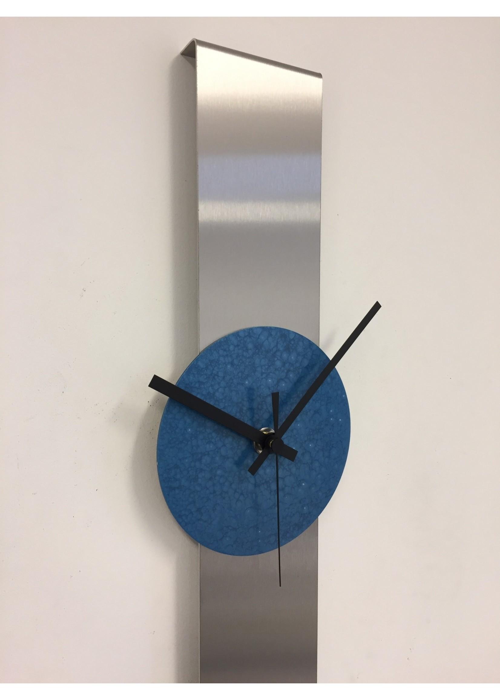 Klokkendiscounter Wandklok SUMMIT MODERN DUTCH DESIGN Blue Hammer