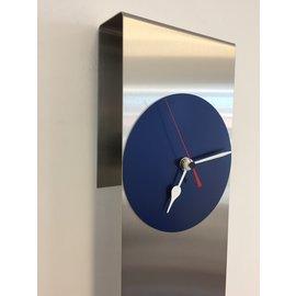 Klokkendiscounter Wanduhr Manhattan Blue & RED Zeiger Moderne Dutch Design
