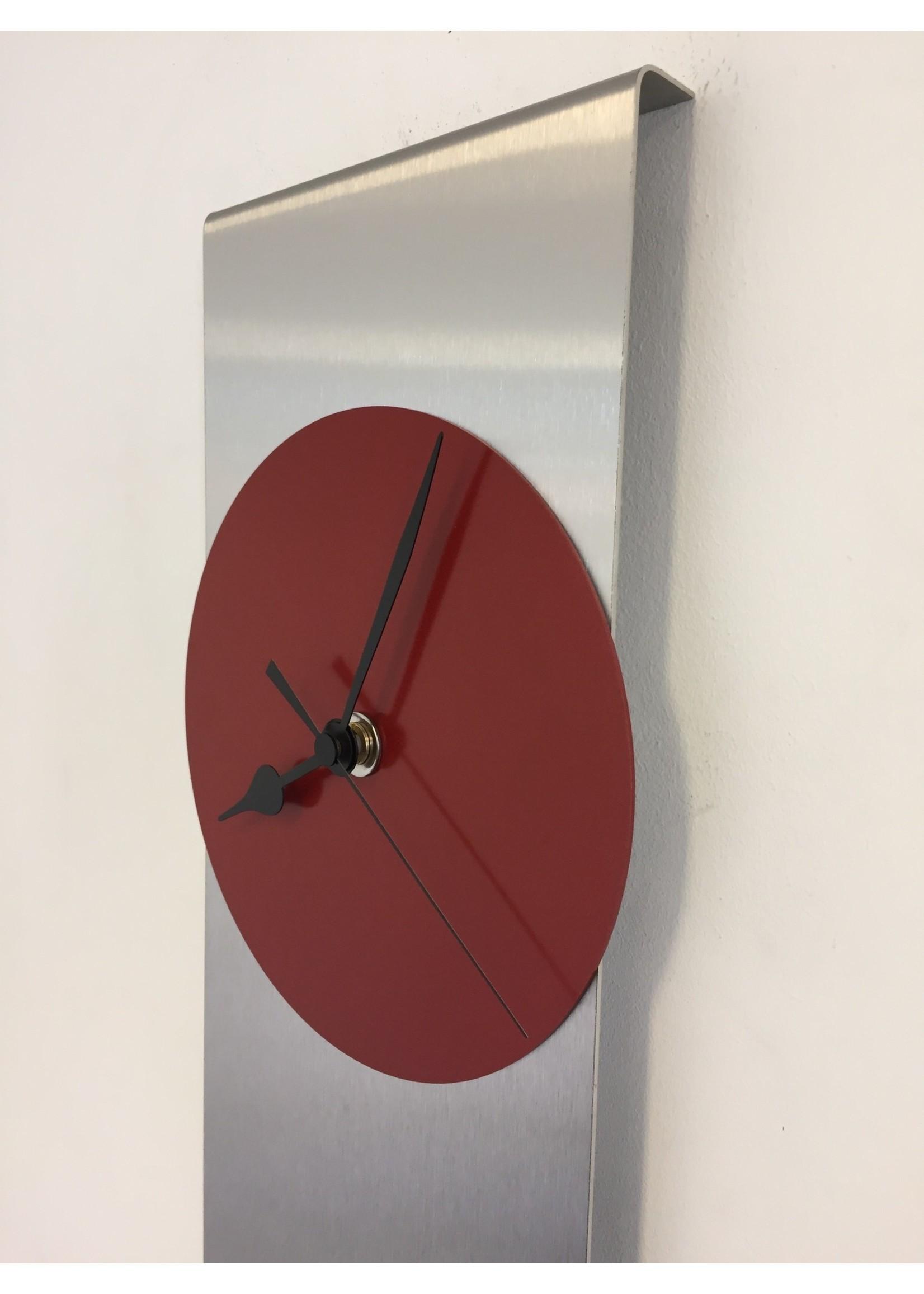 Klokkendiscounter Wandklok ORION RED & BLACK Modern Dutch Design