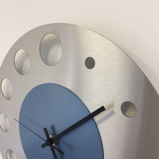 Klokkendiscounter Wanduhr Junte Brussel EISBLAU Modernes Design