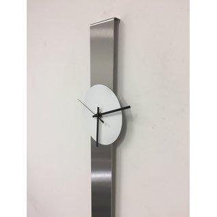 ChantalBrandO Wandklok SUMMIT wit XL modern design