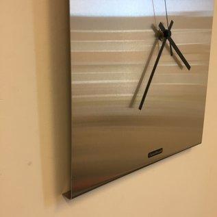 ChantalBrandO Wandklok TIMES SQUARE NEW YORK SILVER Modern Dutch Design