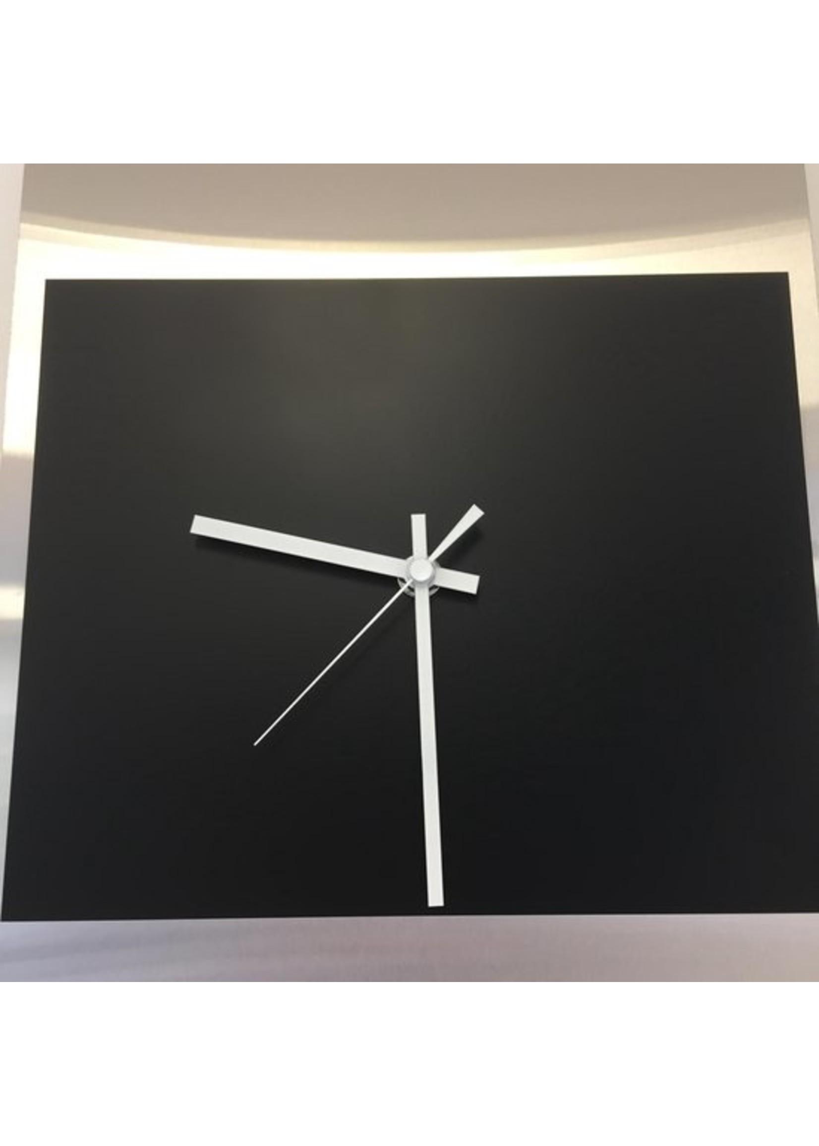 ChantalBrandO MEMPHIS MODERN DUTCH DESIGN HORIZON
