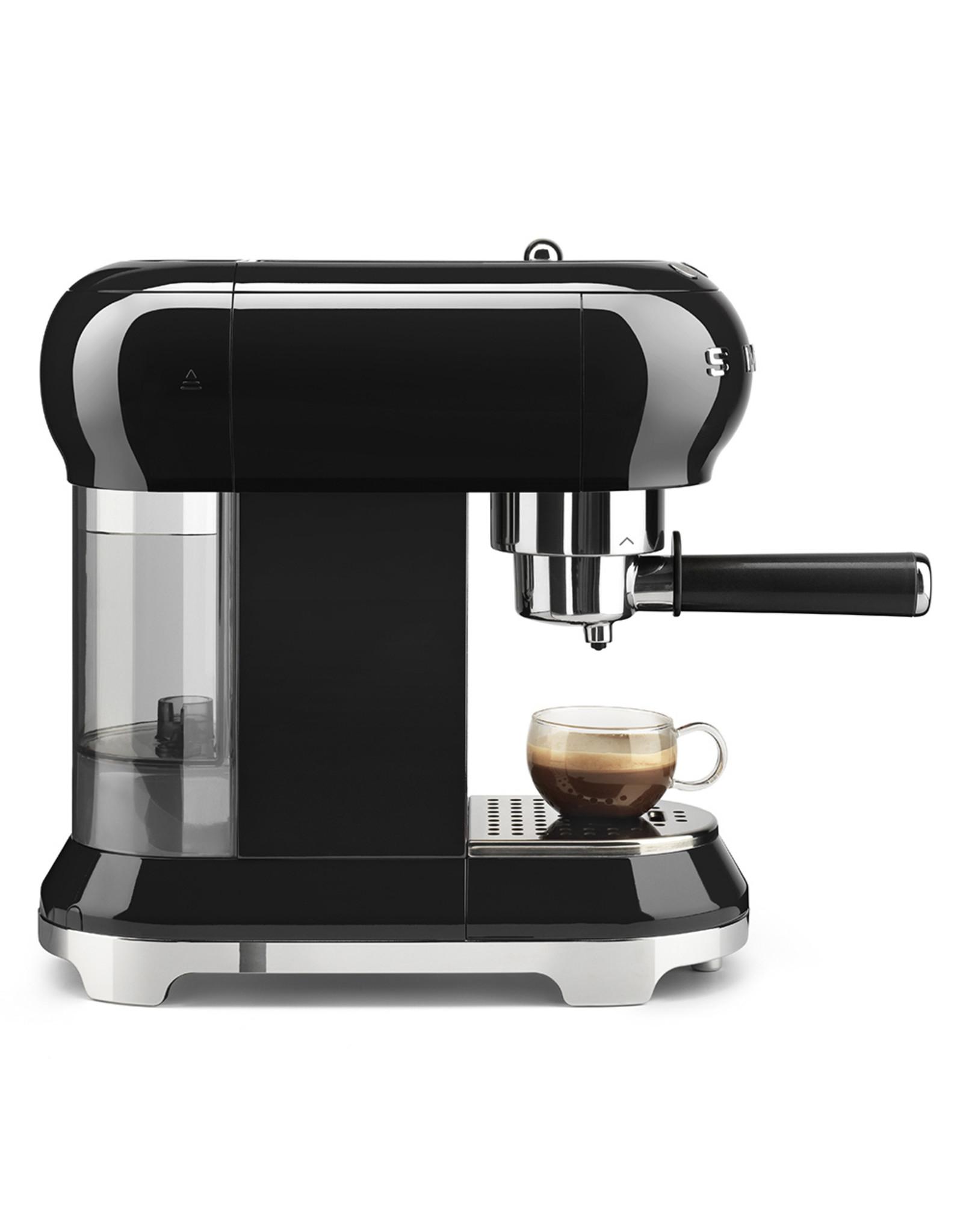 Smeg Smeg. Espressomachine. Zwart