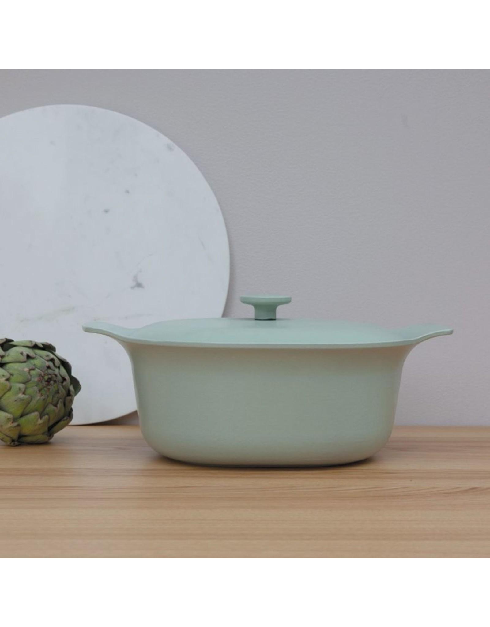 Berghoff BergHoff. Ron Line ovale kookpot met deksel gietijzer groen