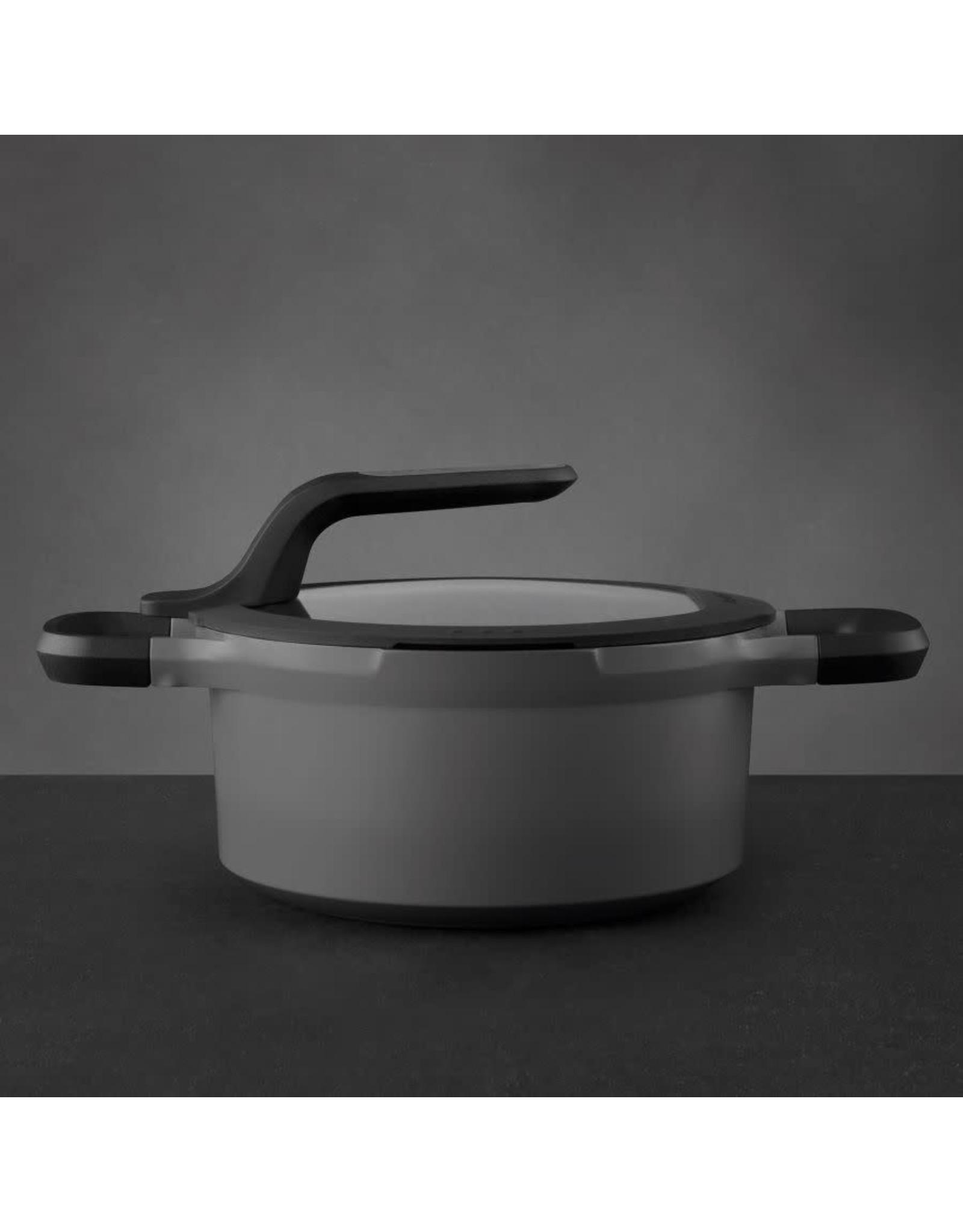BergHoff. Gem Line kookpot met deksel 20 cm 2,8L grijs