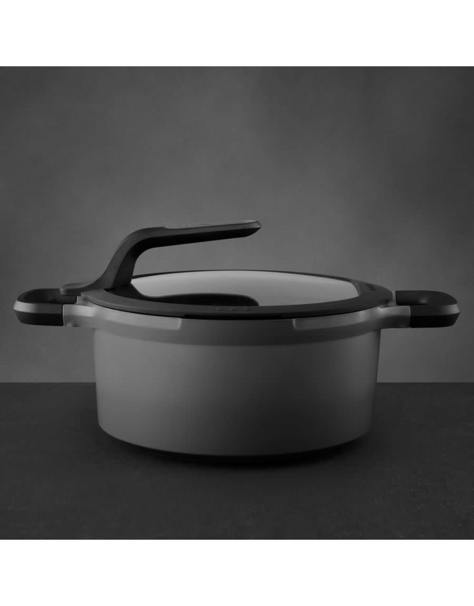 BergHoff. Gem Line kookpot met deksel 24 cm 4,7L grijs
