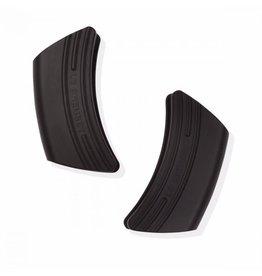LE CREUSET. Le Creuset handvatten 12 x 6,5 cm silicone zwart set van 2 stuks