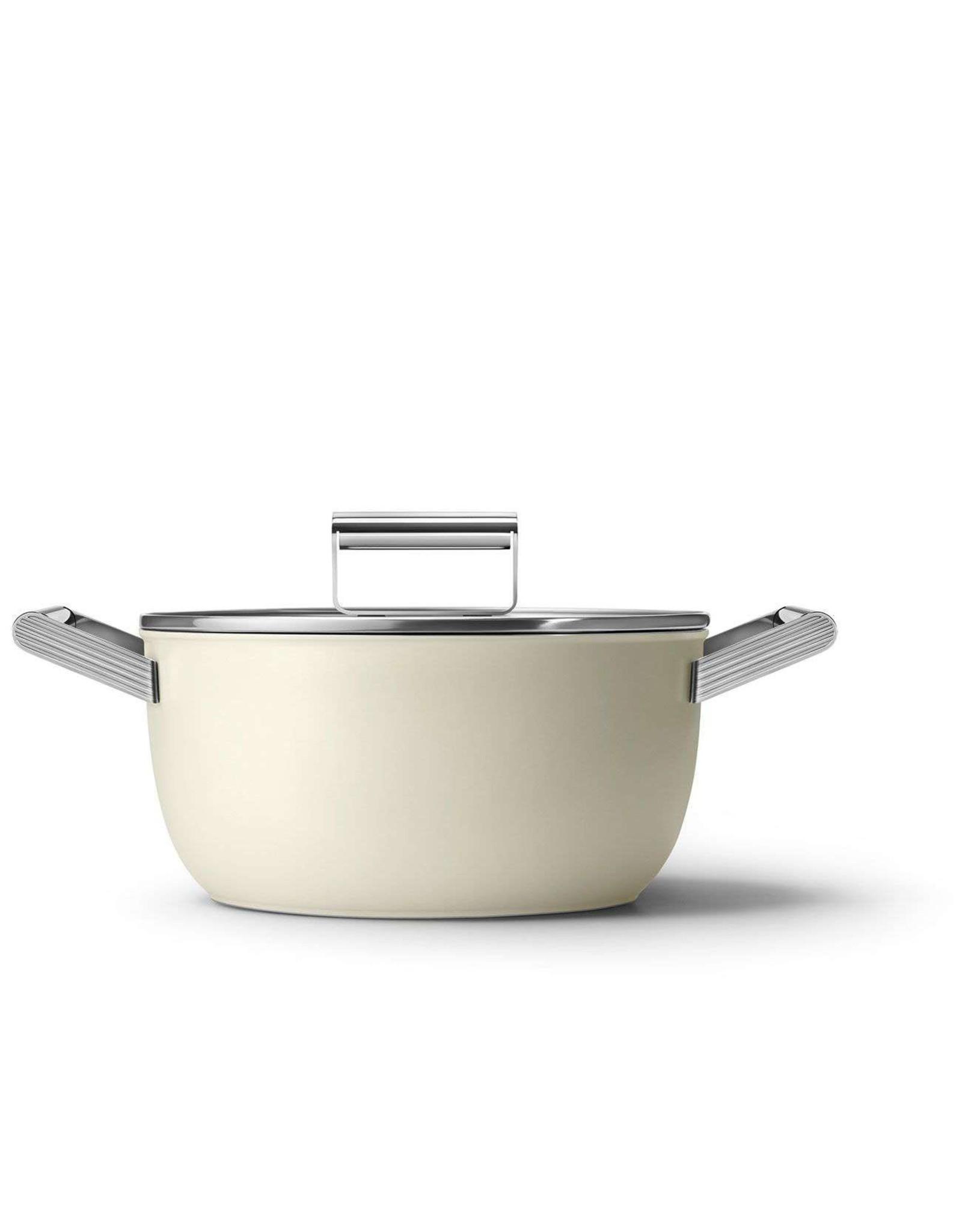 Smeg pannen Smeg. Kookpan. Met Deksel 24 cm Creme.