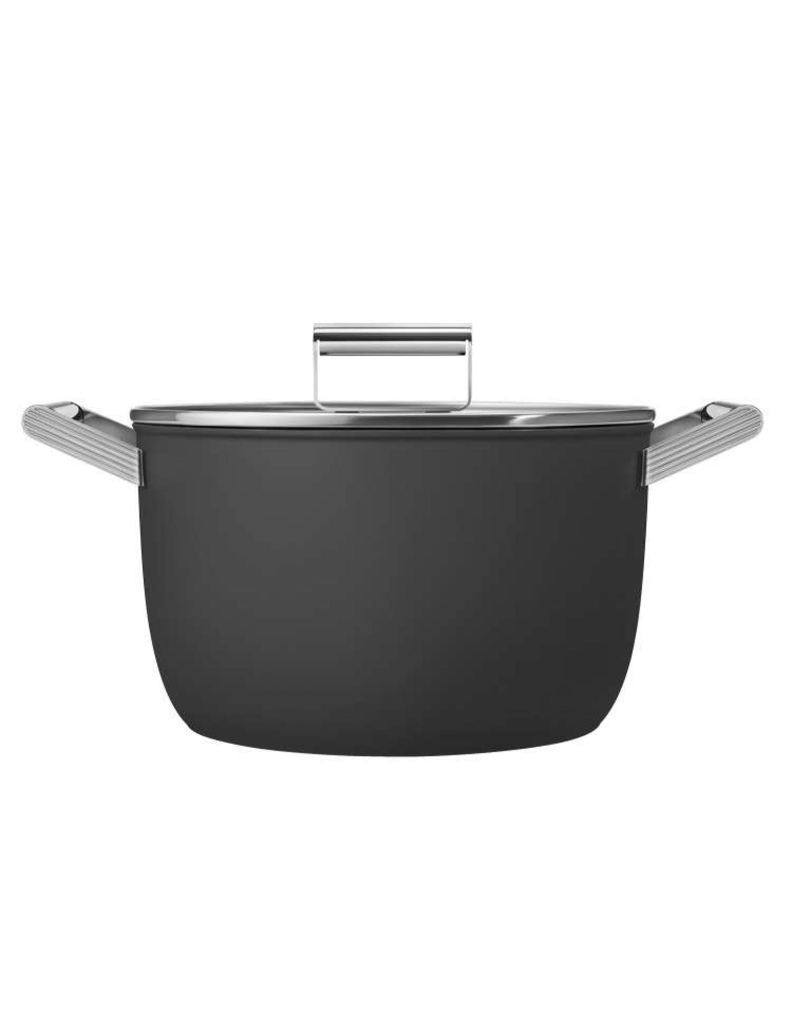 Smeg pannen Smeg. Kookpan. Met Deksel 24 cm. Mat zwart