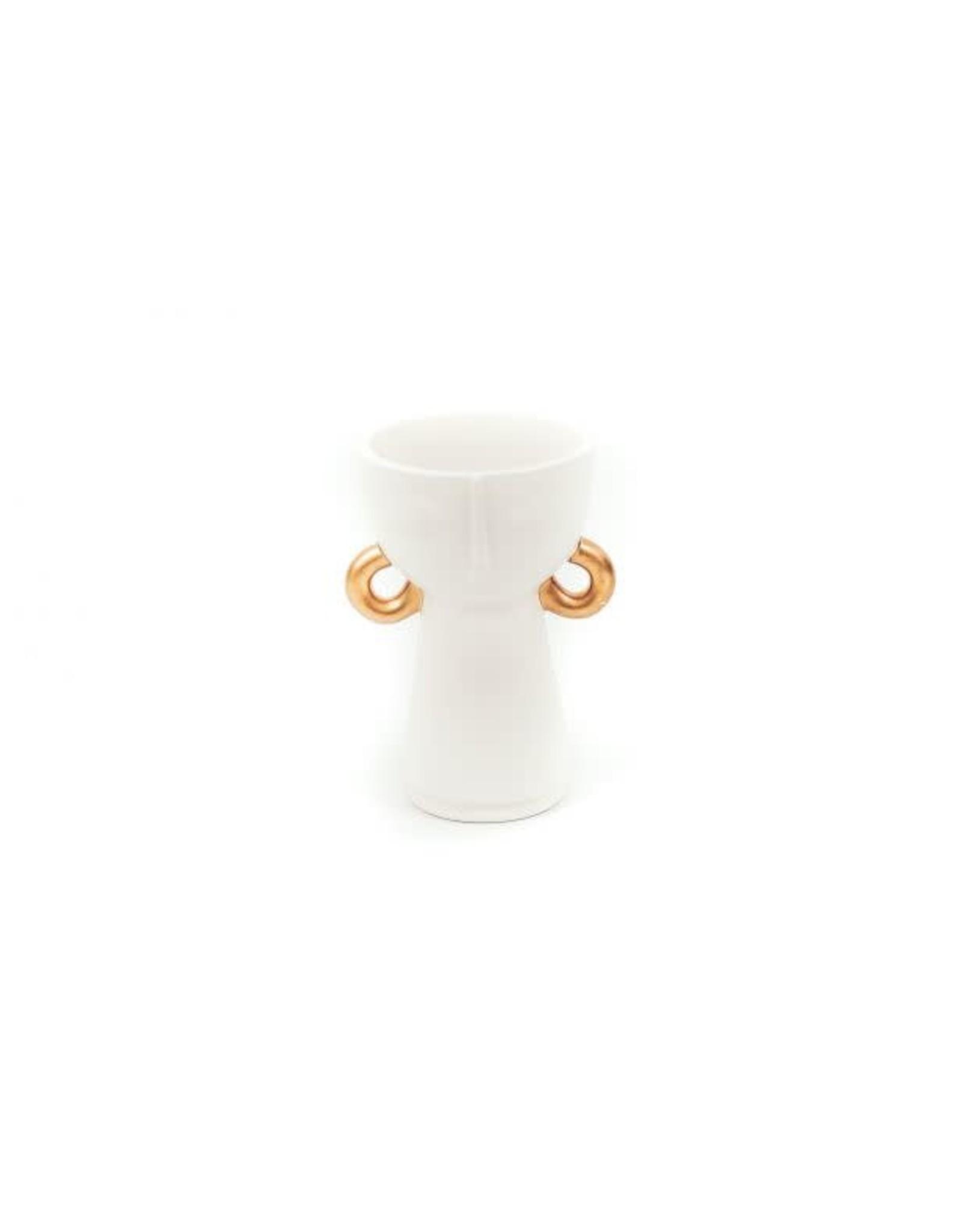 House vitamin HV Vaas met gouden oorbel
