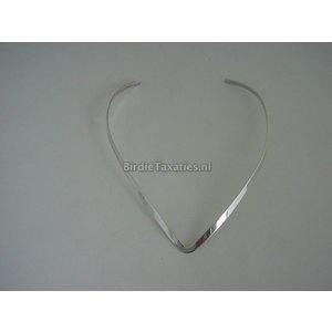 Zilveren(halssieraad)  spang in V-vorm