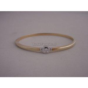 Gouden slavenband bezet met een briljant, 0.15ct, Diamonde