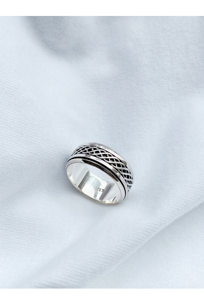 Ring 48