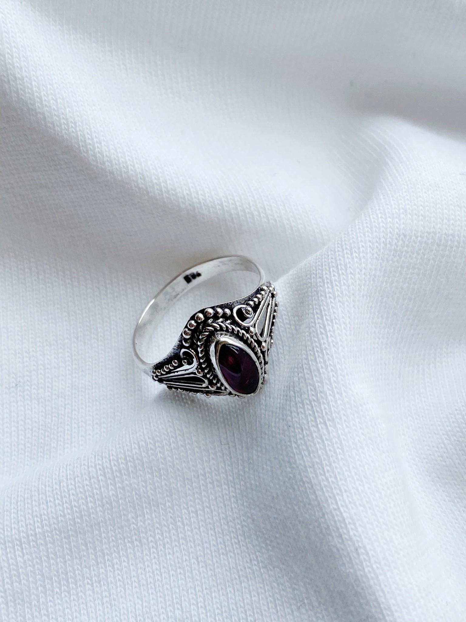 Ring 33b-3