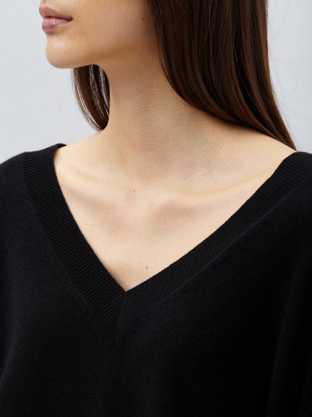 V-neck in Cashmere-4