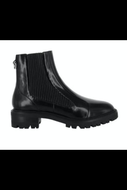 Manu Boots