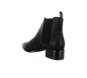 Latoya Boots-5