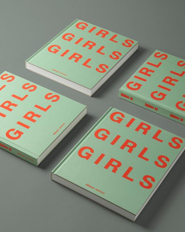 Girls Girls Girls Boek-1
