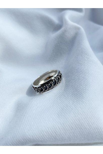 Ring 38
