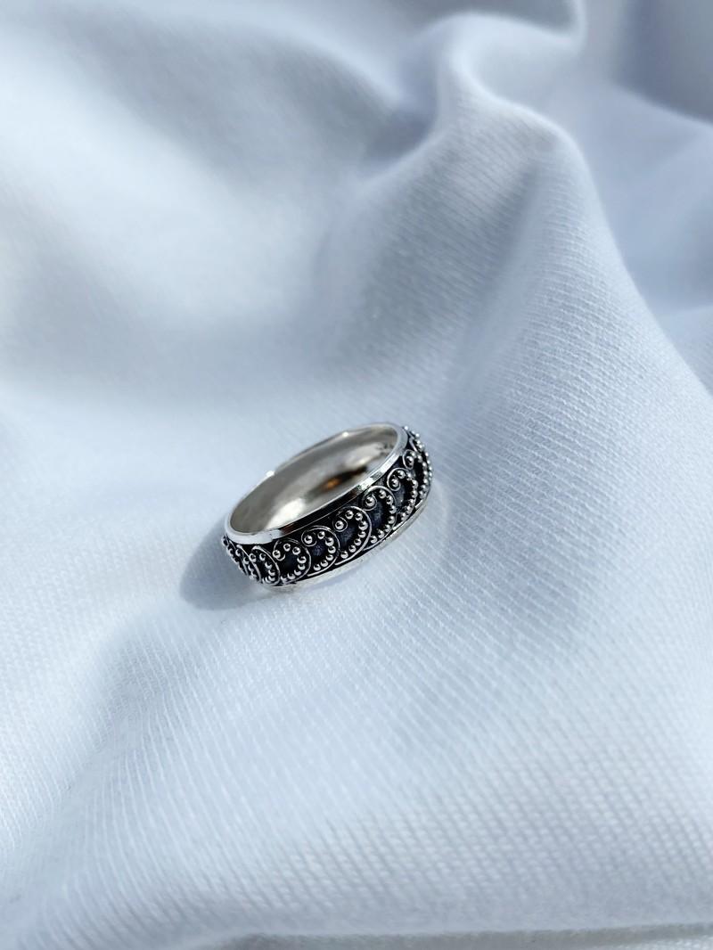 RR Ring 176