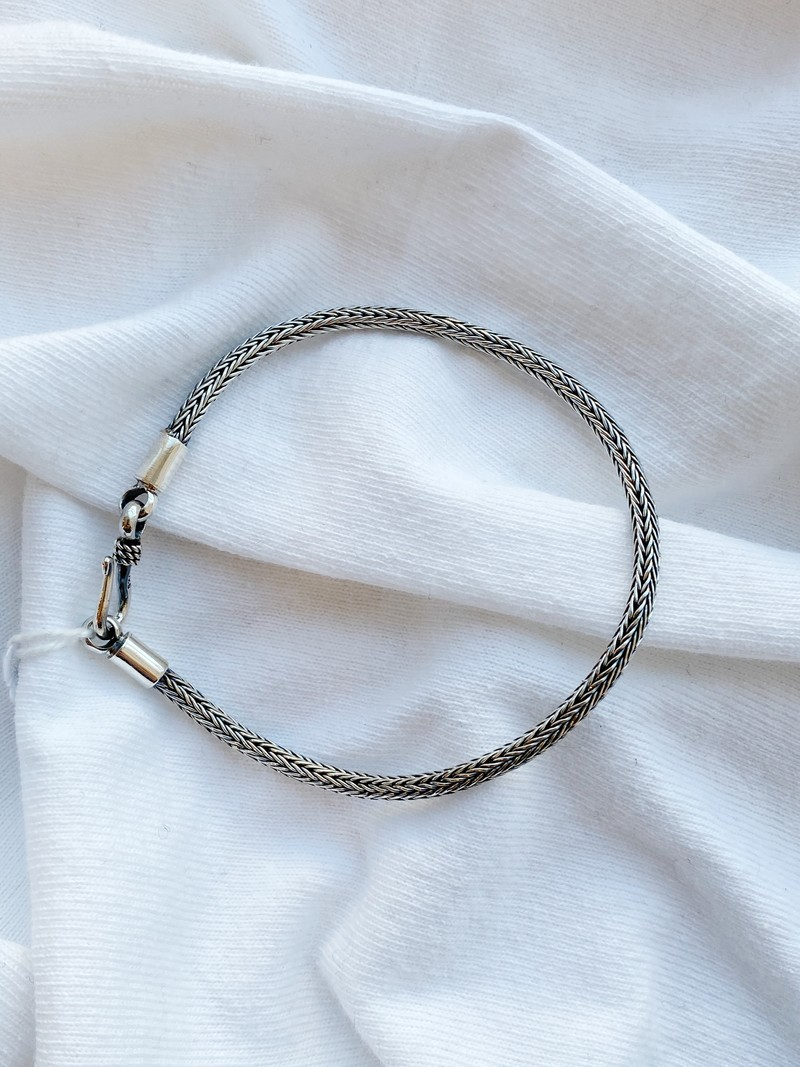 RR Armband 3