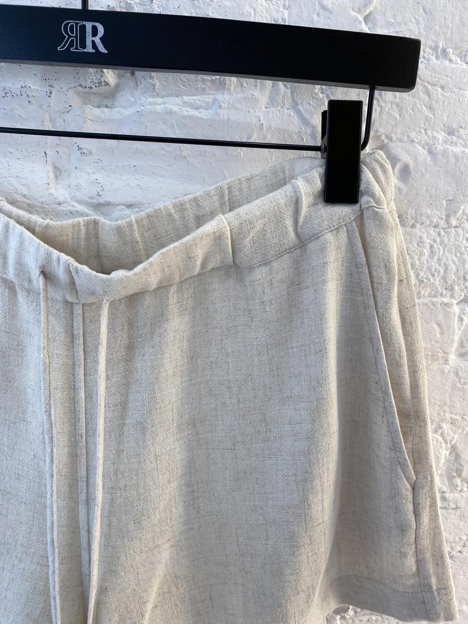 Beau Linen Shorts-3