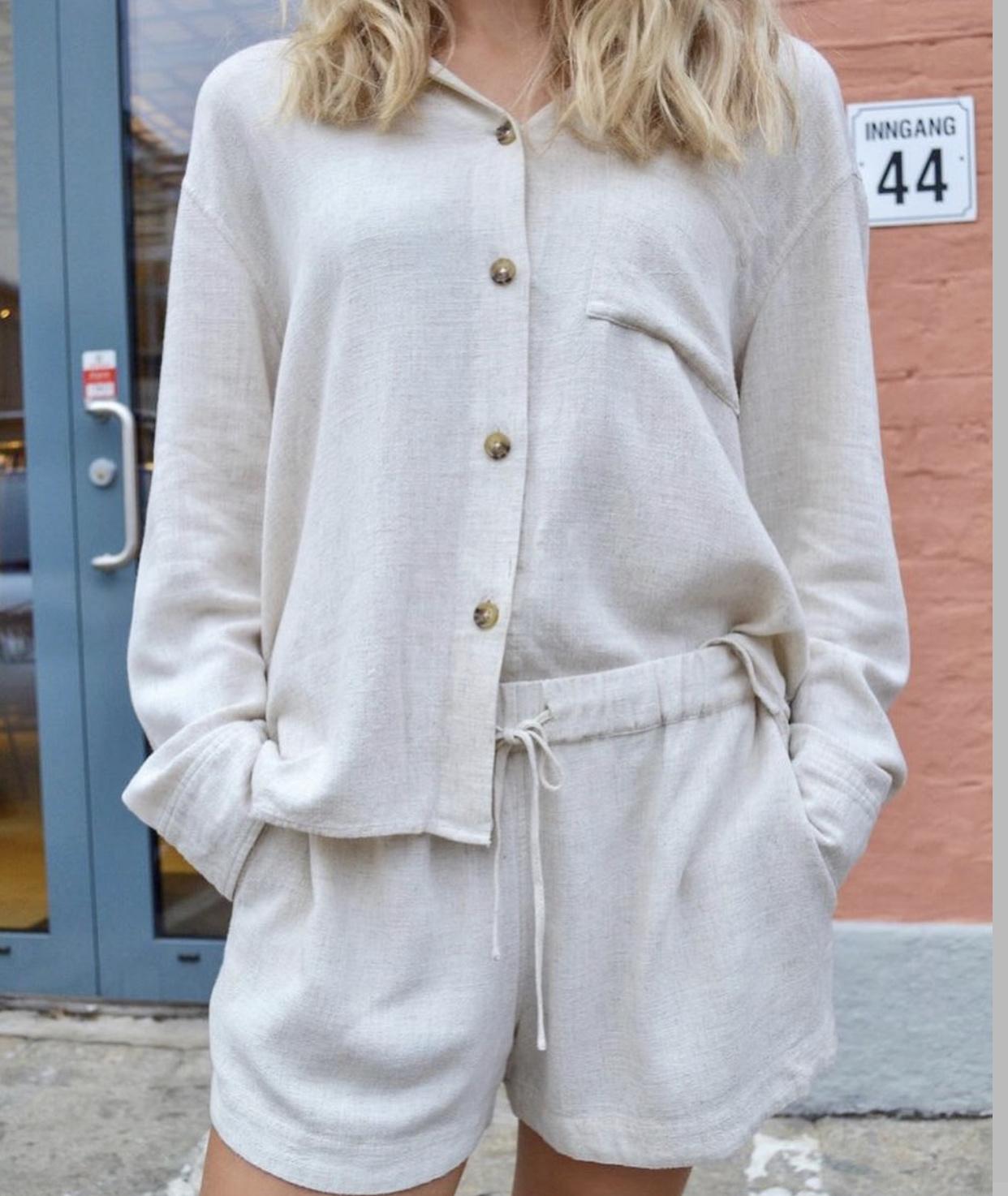 Beau Linen Shorts-1
