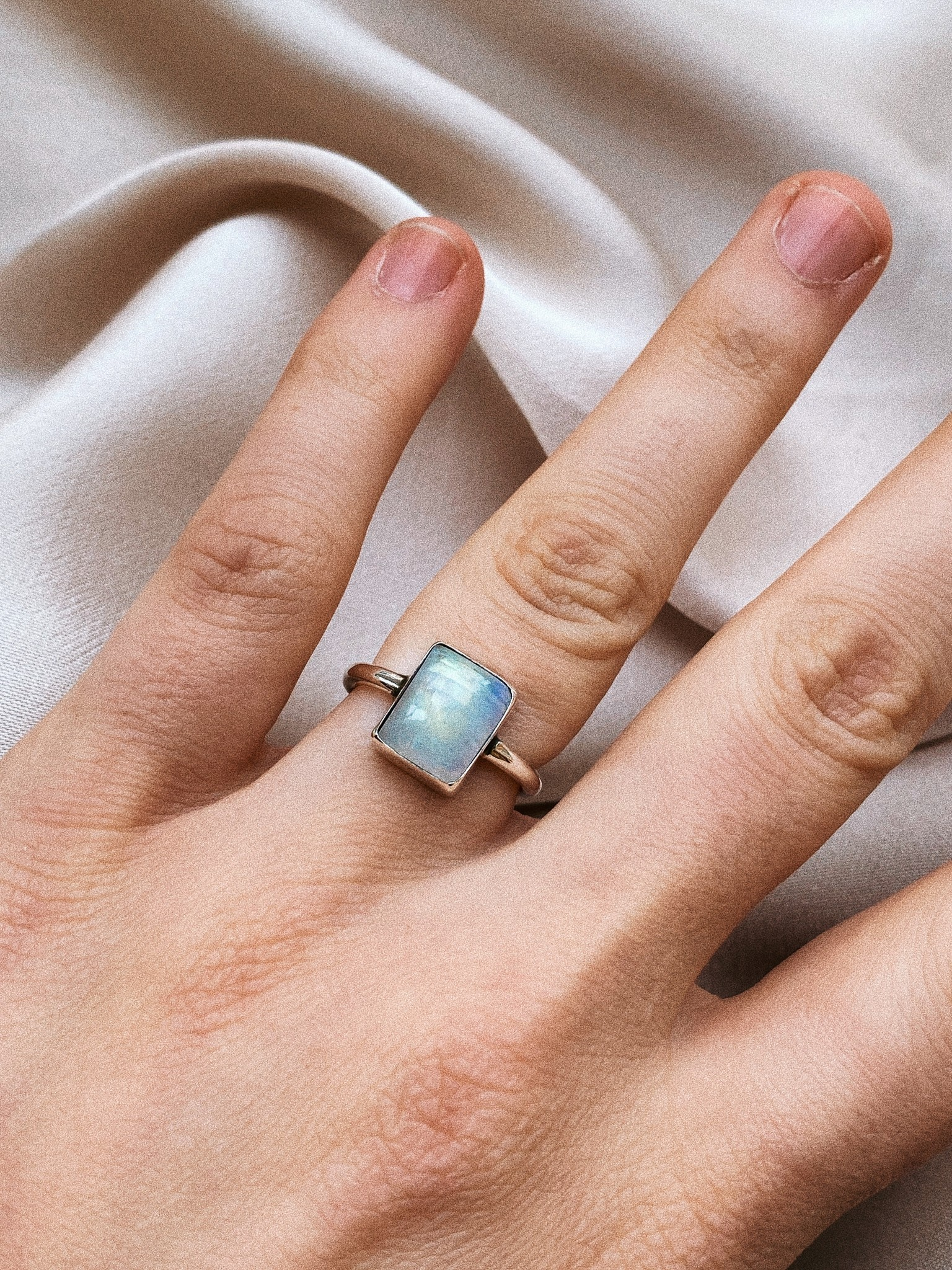 Ring 39 Moonstone-2