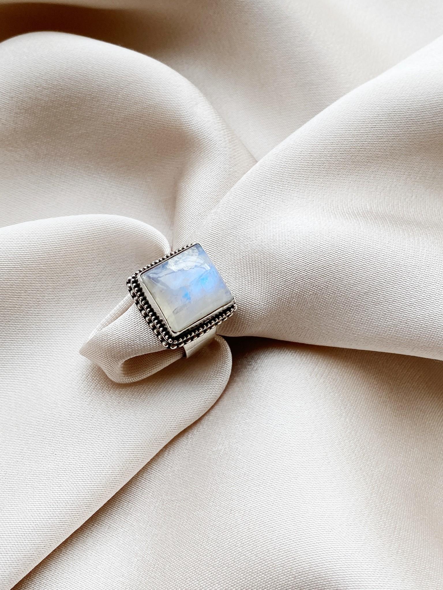 Ring 37 Moonstone Ajustable-1
