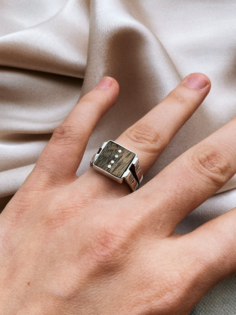 RR Ring 20 Hout