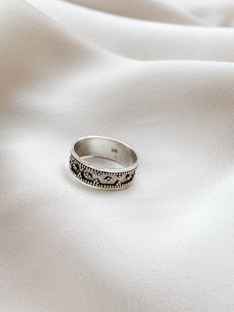 RR Ring 16