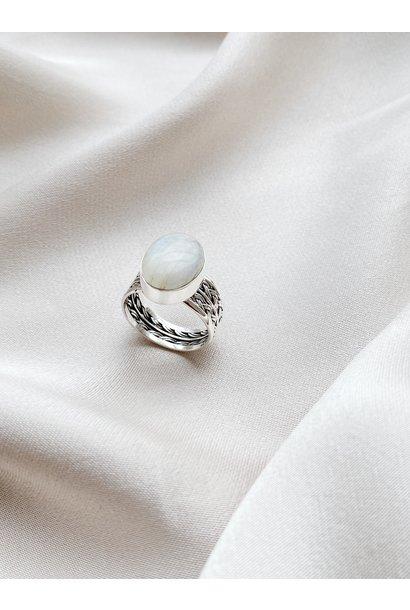 Ring 61 Moonstone