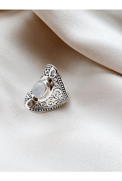 Ring 72 Moonstone