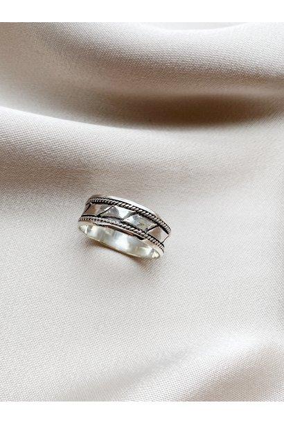 Ring 97