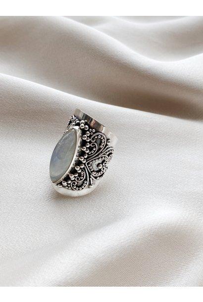 Ring 132 Moonstone