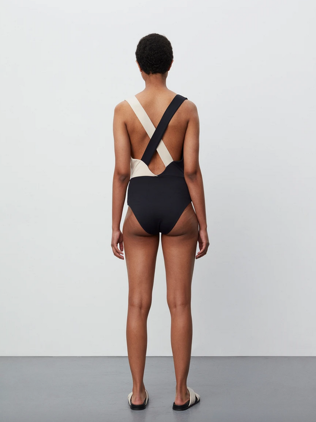 Charo Swimsuit/Body-4