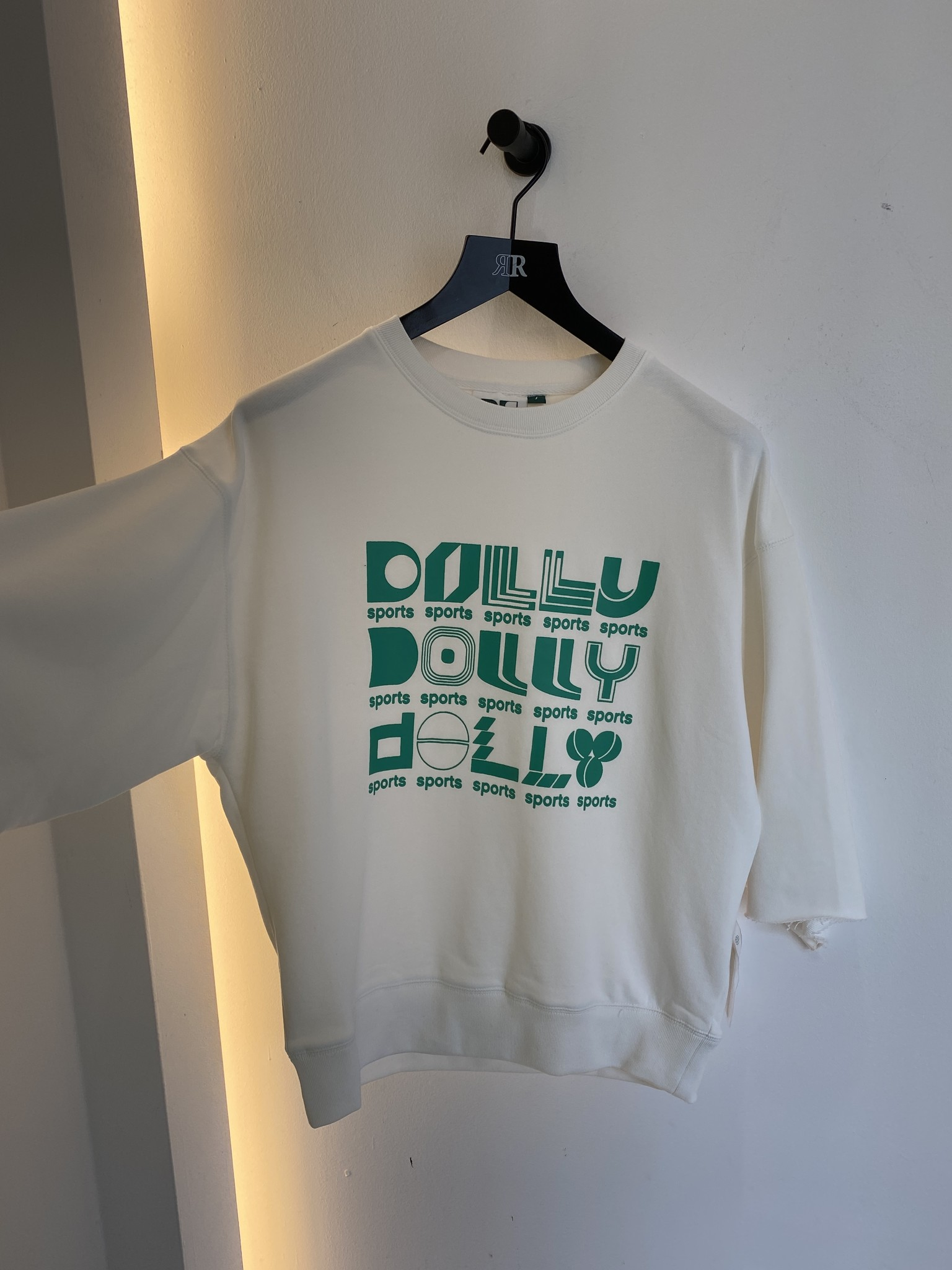 Team Dolly Sweater T-shirt-1