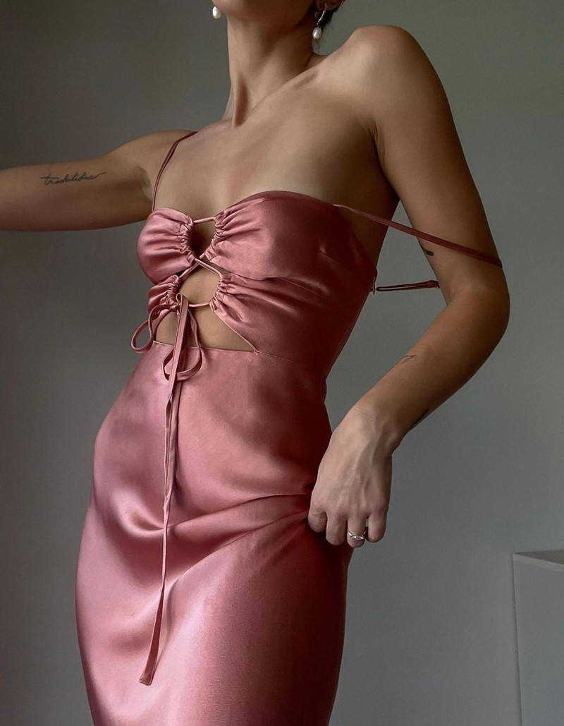 RR Eloise lace up midi dress