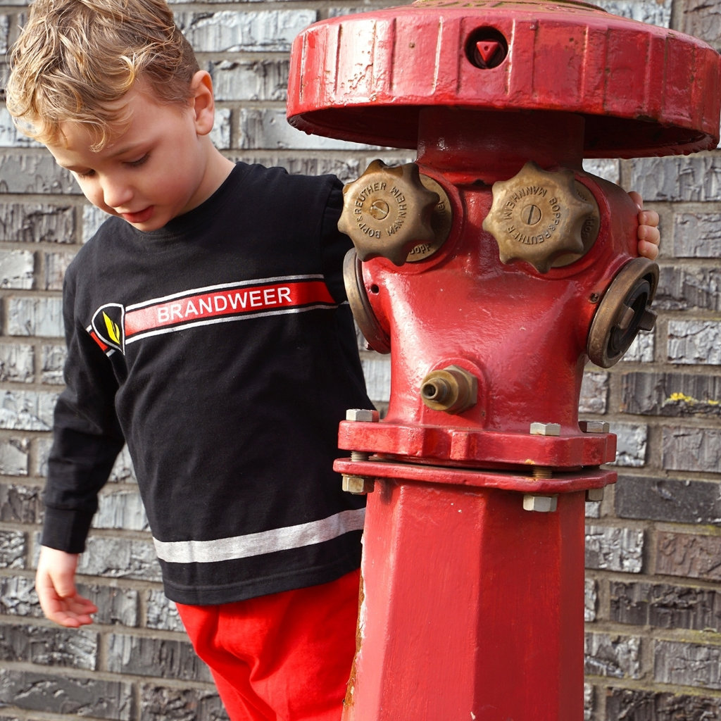 Fun2Wear Pyjama Brandweer Zwart