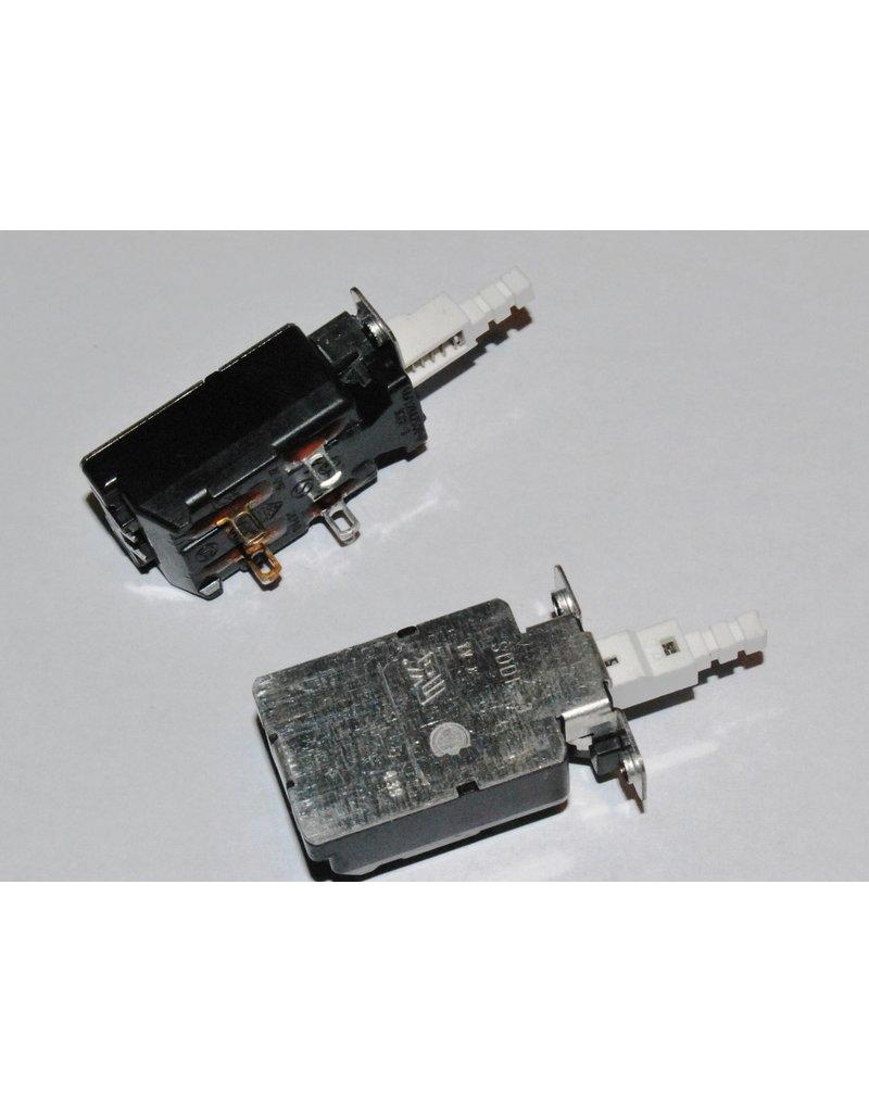 Quad 67CD Mains switch SD3072A