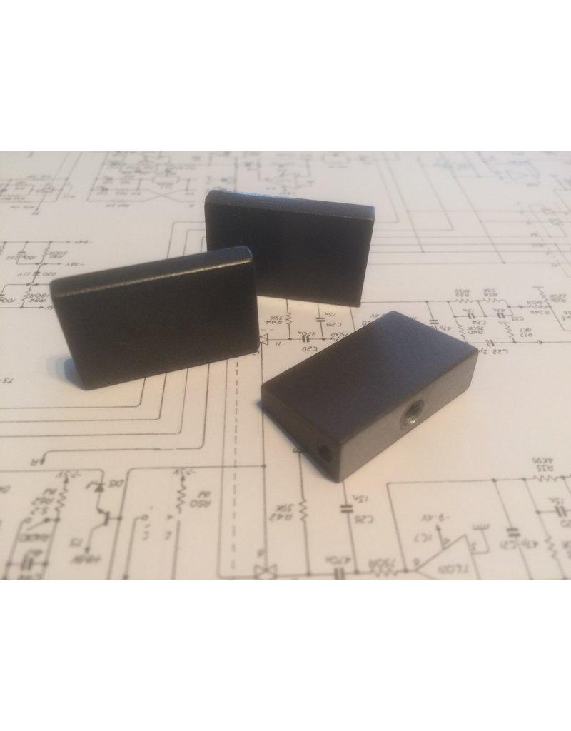 Quad Quad 34 Tone-button, Flat, Grey or Brown