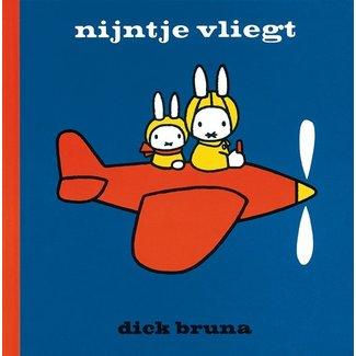 Dick Bruna Nijntje vliegt