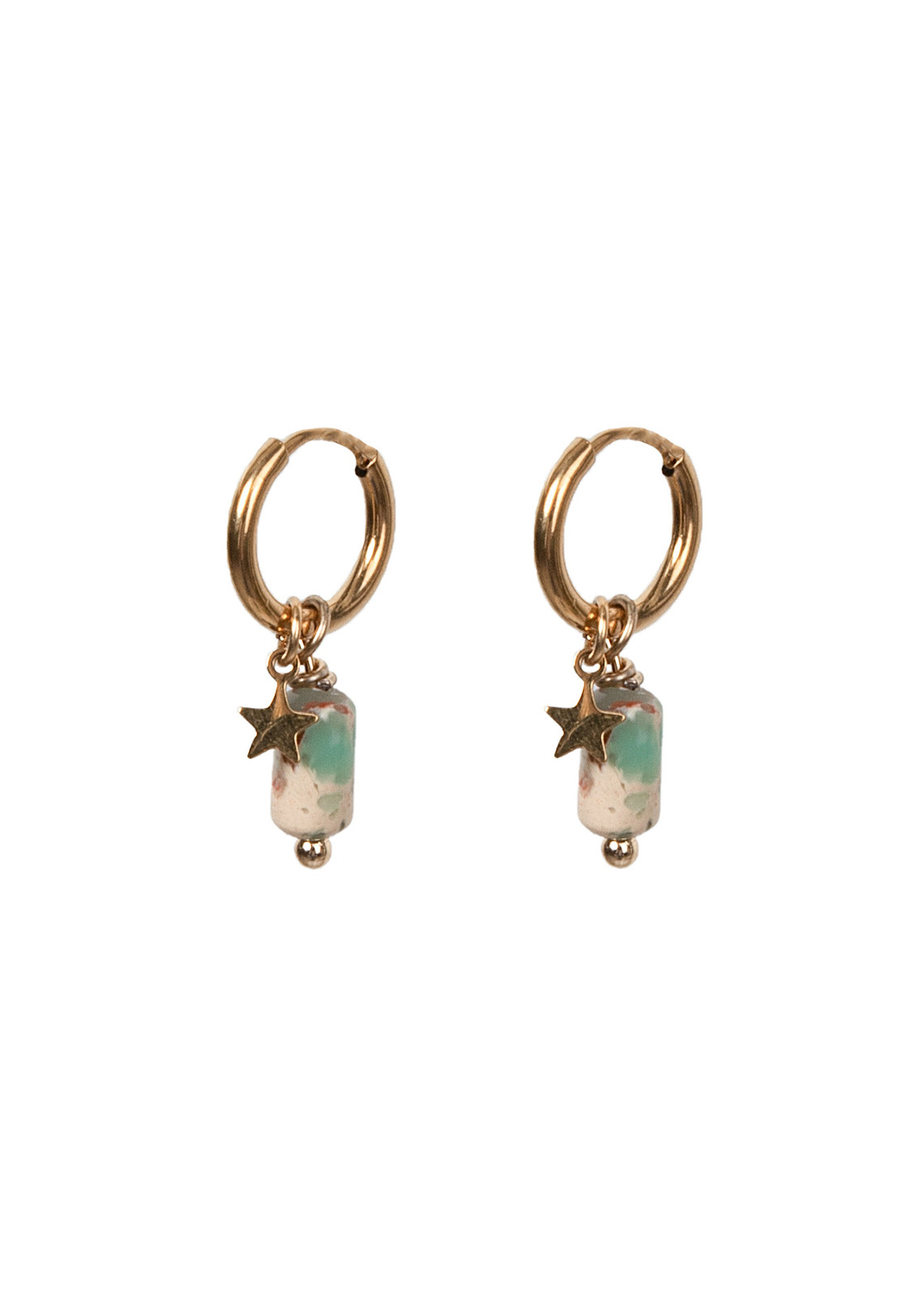 Earring green stone