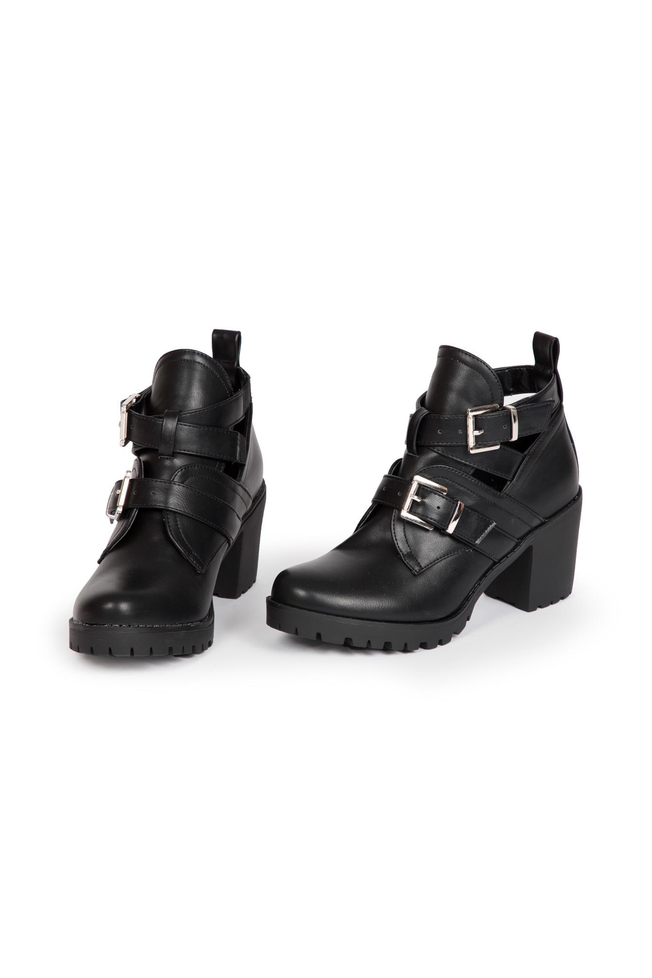 Runway boots