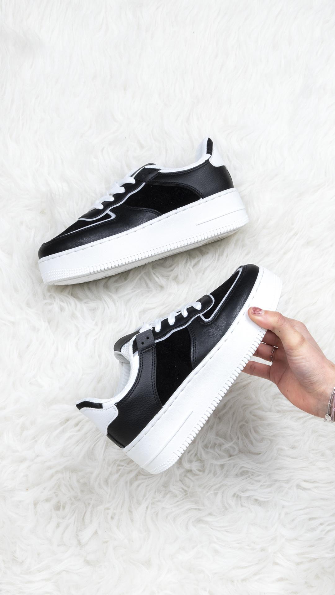 Sneaker Tessa zwart