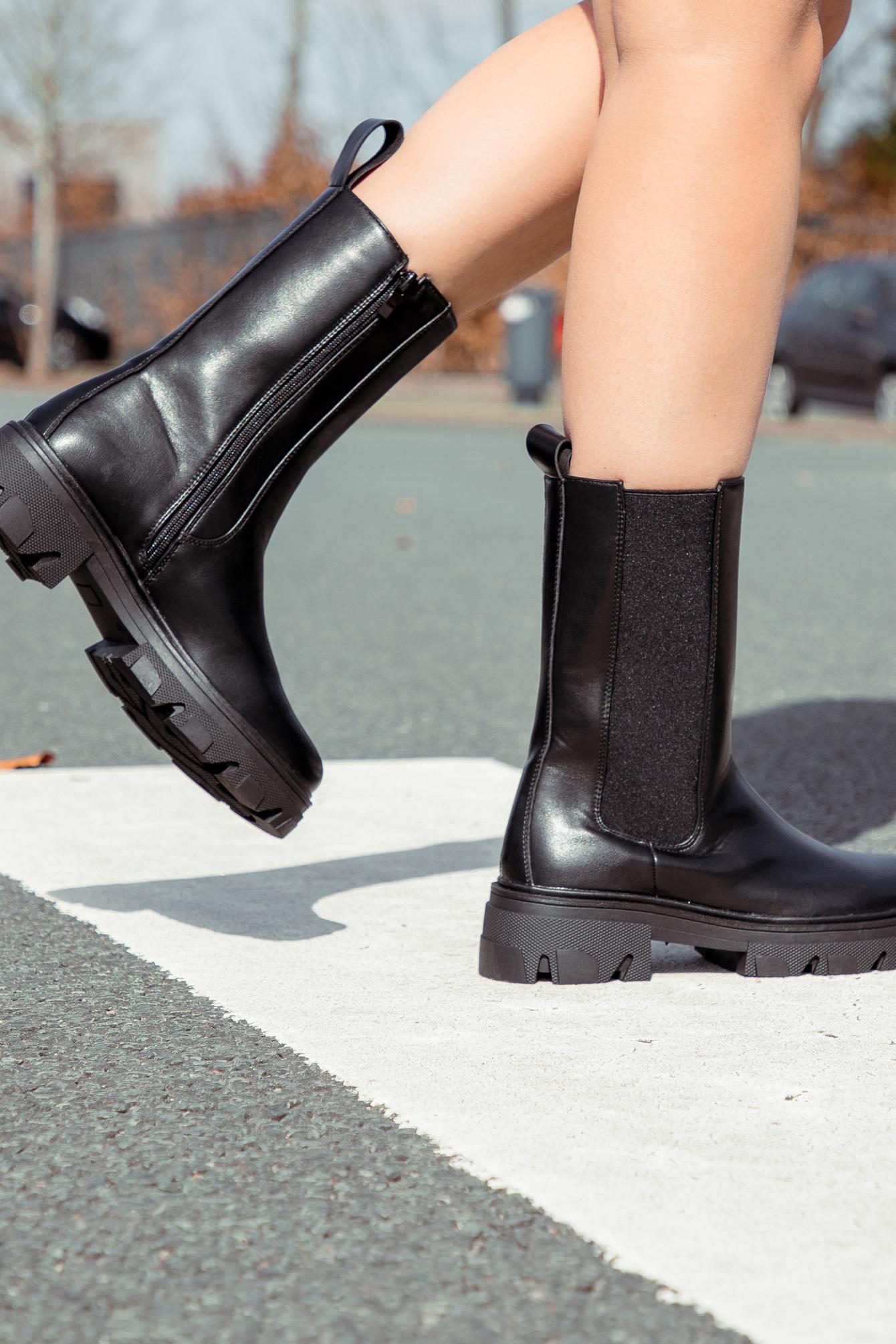 Boots Cato zwart