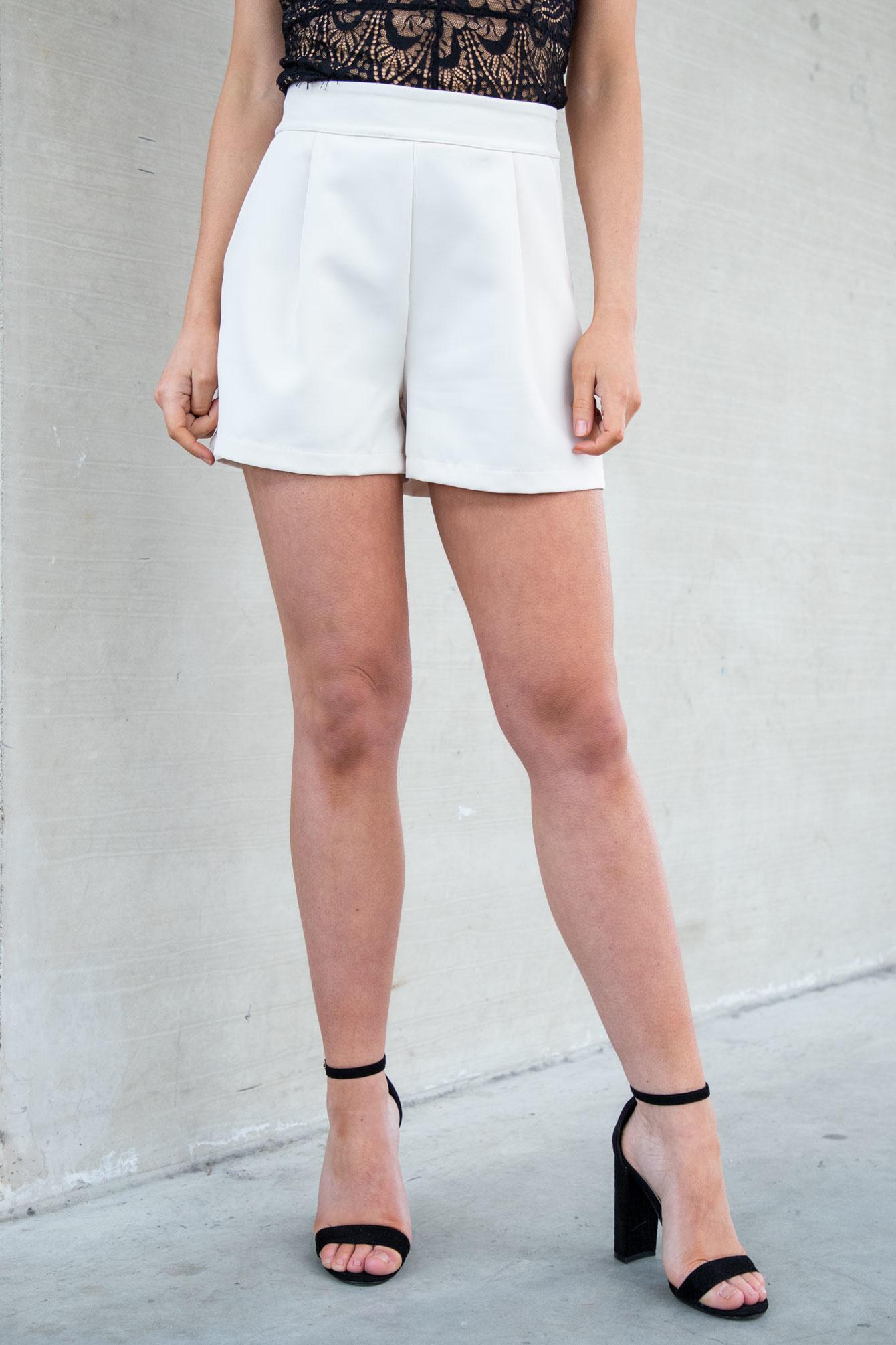 Short Kayla beige