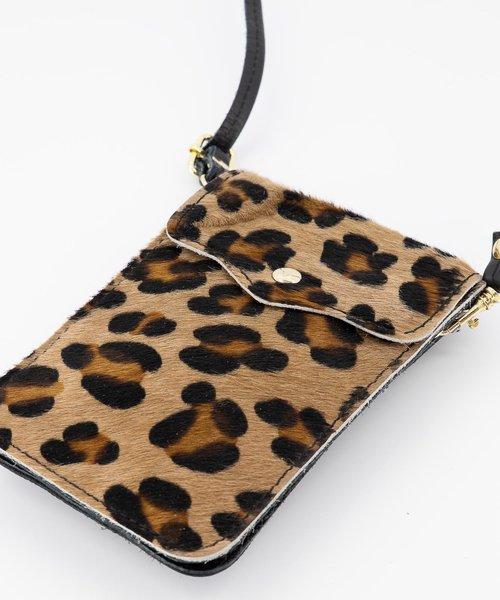 Pona - Classic Grain - Crossbody bags - Black - Luipaard - Gold