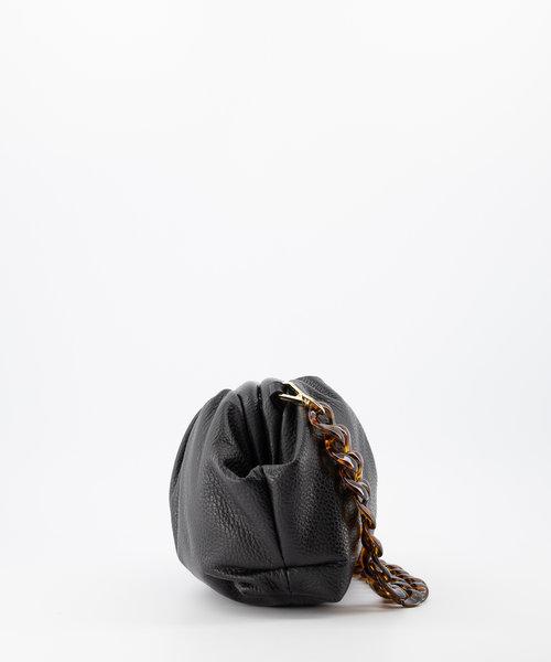 Beau - Classic Grain - Shoulder bags - Black - D28 - Gold
